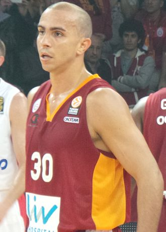Carlos Arroyo - Arroyo playing for Galatasaray during a 2013–14 EuroLeague game.