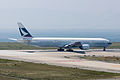 Cathay Pacific, B777-300, B-HNI (17569009629).jpg