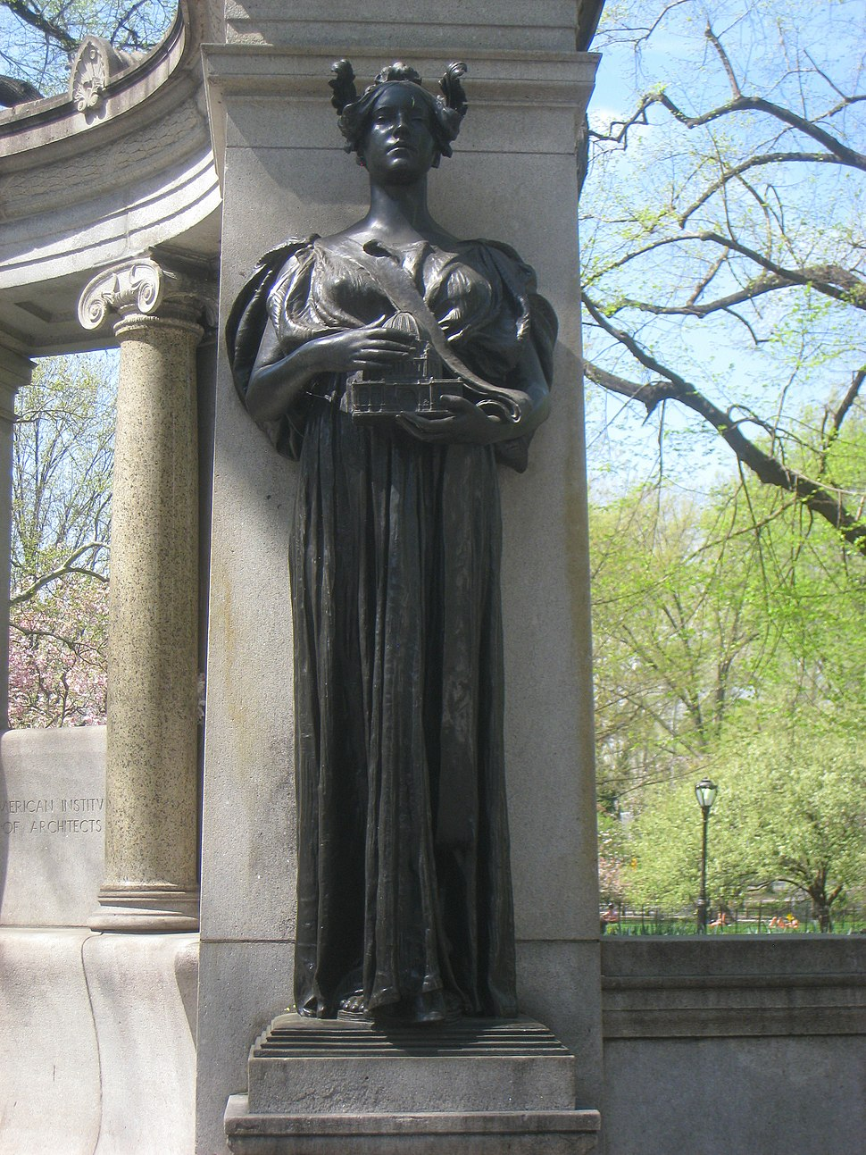 Central Park NYC - Richard Morris Hunt Memorial by Daniel Chester French - IMG 5761