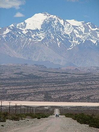 El Leoncito National Park - Image: Cerro Mercedario desde el Leoncito, San Juan