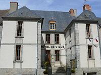 Chénérailles - Hôtel de ville.JPG