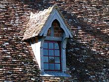 Lucarne wiktionnaire - Chien assis toiture ...