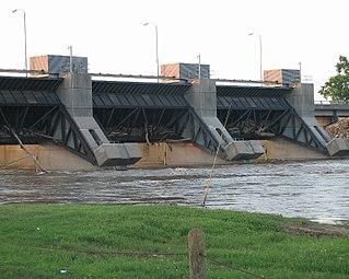 Chouteau Lock & Dam