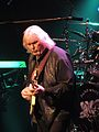 Chris Squire Beacon Theatre 2013-04-09 2.jpg