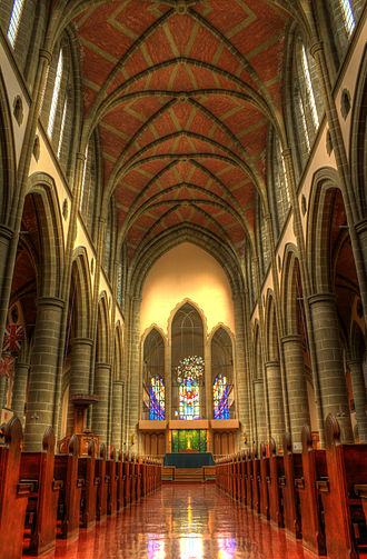 Christ Church Cathedral (Victoria, British Columbia) - Interior view facing east, toward the main altar and the windowed wall which replaced the temporary wooden wall of 1929
