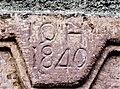 Clé de linteau, datée de 1840.jpg
