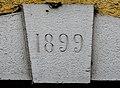 Clé de linteau datée de 1899.jpg