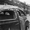Close-up van vernielde legerauto, Bestanddeelnr 900-3203.jpg