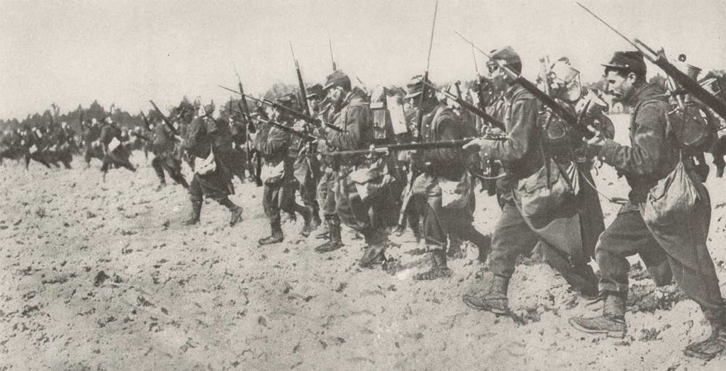 https://upload.wikimedia.org/wikipedia/commons/thumb/a/ad/Cpe_french_bayonet_01.jpg/1024px-Cpe_french_bayonet_01.jpg