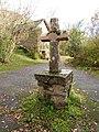 Croix sur le site de la chapelle des Infournats (Jouqueviel).jpg