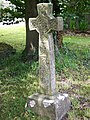 Cross in St Peter's Churchyard - geograph.org.uk - 884894.jpg