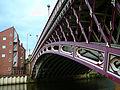 Crown Point Bridge in Leeds 2007.jpg