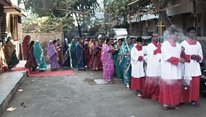 Marathi Christians - Crucession of Marathi Christians in the Church of North India on Christmas