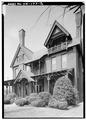 DETAIL VIEW OF SOUTH (FRONT) ELEVATION - John L. Wisdom House, 535 East Main Street, Jackson, Madison County, TN HABS TENN,57-JACSO,2-3.tif