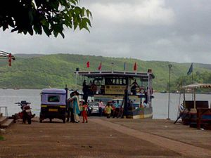 Dabhol - The ferry boat at Dabhol that can carry vehicles to the otherside of the creek. Locals call it as Jungle Jetty.