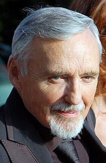 Dennis Hopper Cannes 2008 (cropped).jpg