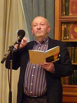 Derek Mahon - Image: Derek Mahon in Moscow