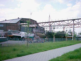 Deutsche Werft - Image: Deutsche Werft Finkenwerder 05