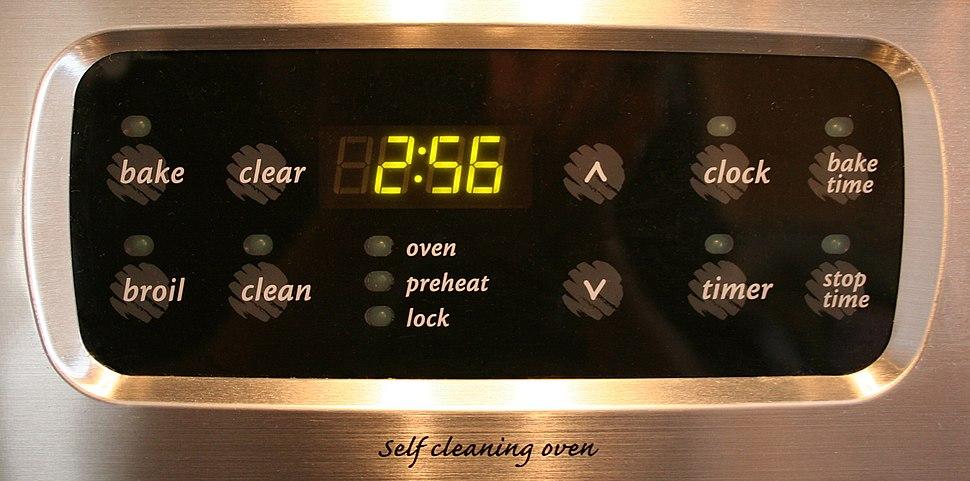Digital-clock-oven