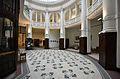 Dom Bankowy Wilhelma Landaua w Warszawie hol główny 05.jpg