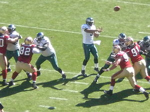 2008 San Francisco 49ers season - McNabb throws a pass