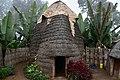Dorze hut (1) (29137471345).jpg