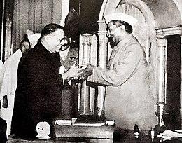 Usměvavý Babasaheb Ambedkar a Rajendra Prasad