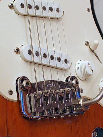 G&L Musical Instruments - Dual-Fulcrum Vibrato