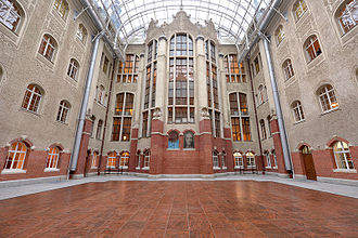 Gdańsk University of Technology - Daniel Gabriel Fahrenheit's Courtyard in the Main Building