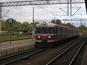 Przewozy Regionalne - An old-type typical EN57 electric multiple unit belonging to Przewozy Regionalne