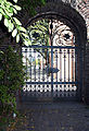 Elendskirche-Köln-Eingangstor-Ehemals-Gitter-des-Spanischen-Rathaubaus.JPG