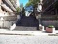 Escalera cercana al anexo de la embajada británica I.JPG