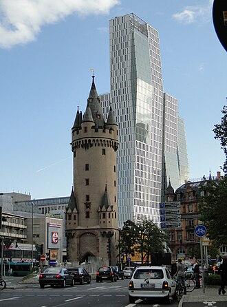 Eschenheimer Turm - Image: Eschenheimer turm ffm 012