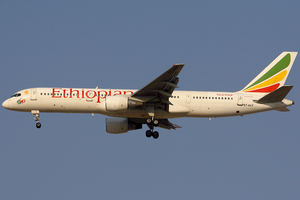 Ethiopian Airlines Boeing 757-200 ET-ALY DXB 2006-12-15.png