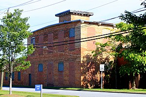National Register of Historic Places listings in Lincoln County, North Carolina - Image: Eureka Manufacturing Co. Cotton Mill (front view), Lincolnton, NC