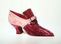 Evening shoes MET 53.267.13a-b.jpeg