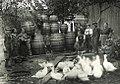 Fass bauen beim Schuederbauern 1935.jpg