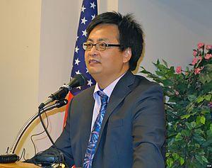 Feng Congde - Image: Feng Congde at Tiananmen University of Democracy 20140601