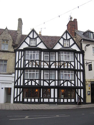 Cirencester - The Fleece Hotel