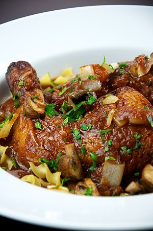 English: Chicken cacciatore, made with mushroo...