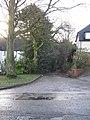 Footpath access, Kempson Avenue - geograph.org.uk - 1634115.jpg