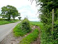 Footpath to Middle Farm - geograph.org.uk - 1346749.jpg