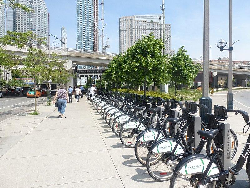 File:Formerly Bixi, now Bike Share Toronto, foot of Yonge, 2014 06 18 (4).JPG - panoramio.jpg
