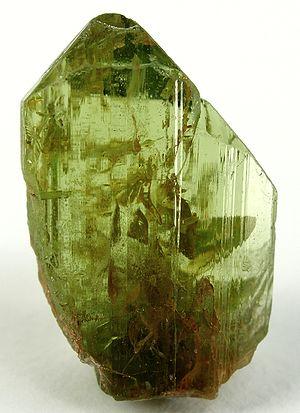 Peridot - Image: Forsterite Olivine tmu 14a