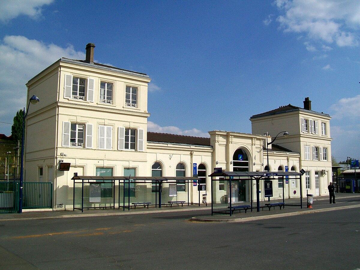 Gare de survilliers fosses wikip dia for Garage de la gare bretigny