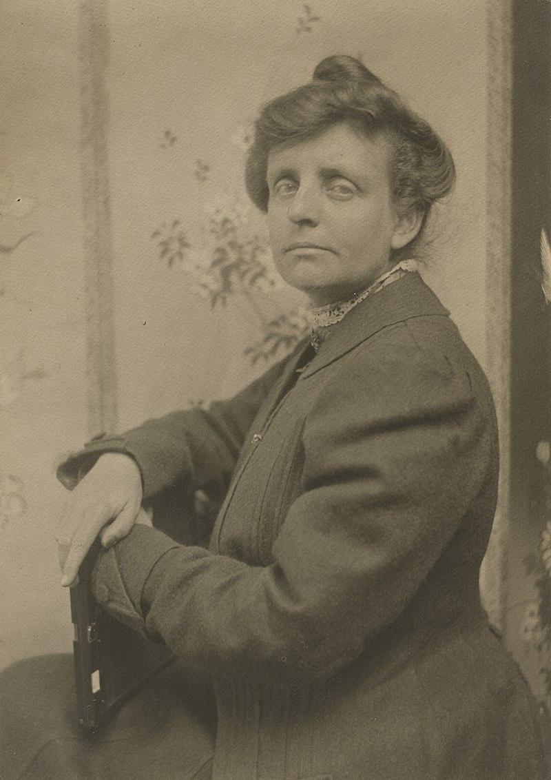 Frances Benjamin Johnston (NPG).jpg