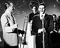 Frank Sinatra and Tommy Dorsey, 1942 (close-up).jpg