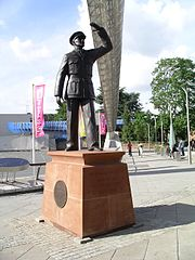 Statue of Sir Frank Whittle under the Whittle Arches, Coventry