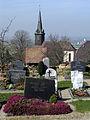 Friedhof in Heuweiler mit St. Remigius.jpg