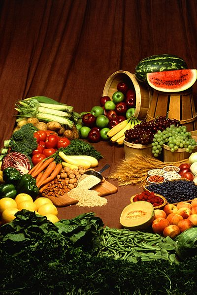 File:Fruits and vegetables (1).jpg